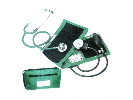 SPHYGMOMANOMETER & DOUBLE HEAD STETHOSCOPE